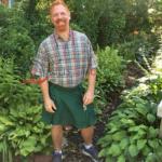 Green-Outfit-Fashion-Utility-Kilt-Model